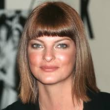shoulder length hair for women with pear shaped faces best celebrity hairstyles for pear shaped face cinefog