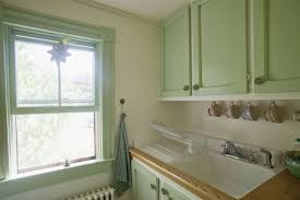 how to deal with a small kitchen small kitchen layout and design tips