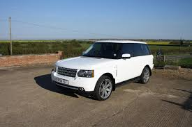 wrapped range rover range rover vogue 4 2l v8 supercharged wrapped in white ambient