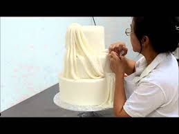 wedding cake piping clear piping design on wedding cake youtube