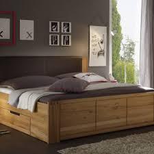 Schlafzimmer Buche Teilmassiv Gemütliche Innenarchitektur Schlafzimmer Mit Betten In