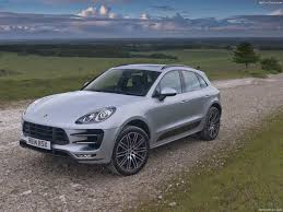 macan porsche turbo porsche macan turbo 400 ps laptimes specs performance data