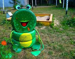 tire recycling ideas 22 animal shaped garden decorations