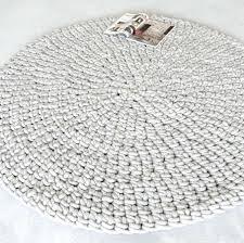 Schlafzimmer Teppich Rund Teppich Aus Schurwolle Gehäkelt Weiß Til Schweiger Barefoot Living