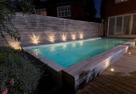 amenagement piscine exterieur piscine enterrée en béton à débordement d u0027extérieur