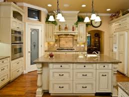 All About Antique White Kitchen Cabinets Home Design And Decor Ideas - Antique white cabinets kitchen