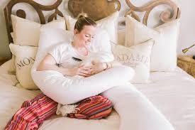 Comfortable Positions To Sleep During Pregnancy Best Sleep Positions During Pregnancy Baby