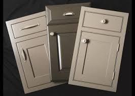 Taupe Cabinets Best 25 Taupe Kitchen Cabinets Ideas On Pinterest Beige Kitchen