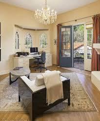 jeff bridges sells his montecito villa complete with vineyard and