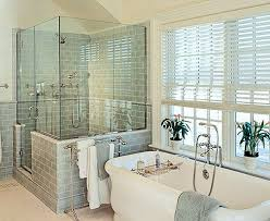 Small Bathroom Tub Ideas Best 25 Soaking Tubs Ideas On Pinterest Tubs Tub In Shower And