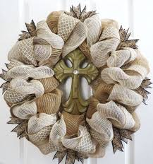 883 best wreaths images on deco mesh wreaths burlap
