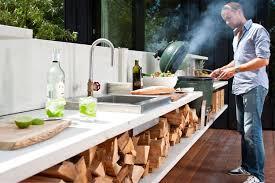 barbecue cuisine d fabriquer un barbecue en acier coloré pour l intégrer à la cuisine d