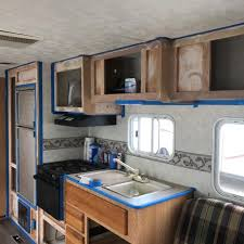 what type of paint to use on rv cabinets 9 tips for painting rv walls and cabinets rv inspiration