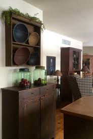 Country Primitive Home Decor White Walls With Lots Of Colors Added The Primitive Home