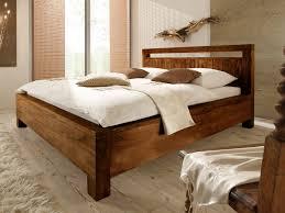 Bett Im Schlafzimmer Nach Feng Shui Winsome Wandfarbe Schlafzimmer Feng Shui Fabelhaft Dachschrge Ber