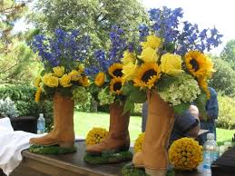 Country Centerpiece Ideas by Best 25 Cowboy Boot Centerpieces Ideas On Pinterest Western