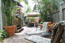 Backyard Restaurant Key West Looking For A Key West Inn Find The Perfect Key West Bed And