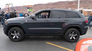 jeep grand cherokee gray jeep grand cherokee trailhawk debuts in new york moab the drive