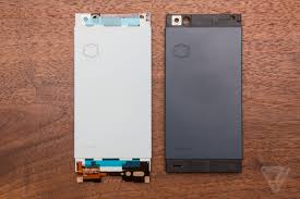 nextbit robin the design story the verge symmetry is another major albeit subtle theme of the robin s design the bezels above and below the screen are identical and the cameras positions on