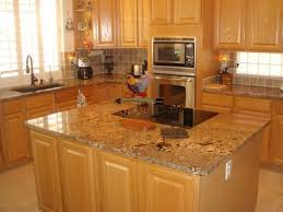 Countertops With Oak Cabinets Oak Cabinets With Granite Counters Google Search Kitchen