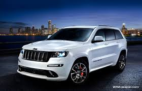 jeep cherokee white with black rims jeep grand cherokee wk2 2013 srt8 alpine and vapor editions
