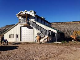 Farmhouse Ranch Big Horn Meadows Ranch Live Water Properties Ranches For Sale