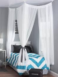 Dorm Room Window Curtains Best 25 Dorm Bed Canopy Ideas On Pinterest Canopy Beds For