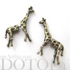 giraffe earrings 3d realistic giraffe animal stud earrings in bronze