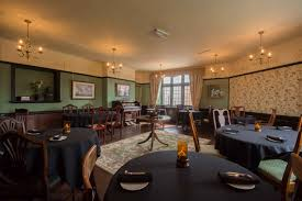 comfortably hungry historical dining rooms restaurant review