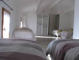 chambre d hotes bedoin vaucluse gite l hirondelle lou cardalines gîtes et chambres d hote a