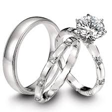 difference between engagement ring and wedding band difference between engagment and wedding rings the wedding