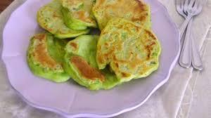 sarriette cuisine pancakes aux pois cassés et sarriette recette par rosenoisettes