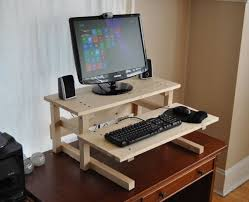 Diy Wood Computer Desk by Best 25 Desk Riser Ideas On Pinterest Computer Desk For Gaming
