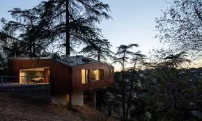 Tree House Home by Modern Architects Reinterpret The Treehouse Smart Magazine