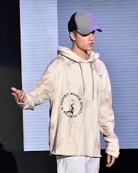 justin bieber cancels thanksgiving day parade performance see