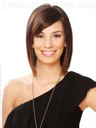 above shoulder tapered around face hairstyle this layered bob removes weight from the hair and frames the face