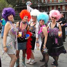 mardi gras wear five accessories only acceptable during mardi gras