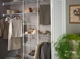chambre de garde tablettes grillagées rangement plus garde robes chambre milan