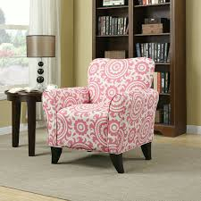 light pink accent chair add some sweetness to the room