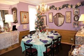 tea room emerald necklace inn