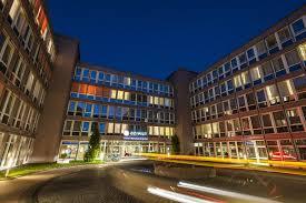 K Hen Berlin Bilder U0026 Fotos Vom Azimut Hotel München City Ost