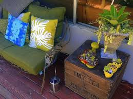 how to shop for vintage patio furniture at a flea market