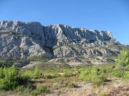 aix en provence sainte victoire mountain aix en provence office de tourisme