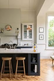 Contrasting Kitchen Cabinets 558 Best Devol Shaker Kitchens Images On Pinterest Shaker