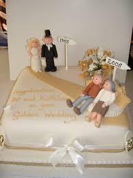 wedding cake anniversary 10 increíbles decoraciones de tortas para bodas de oro golden