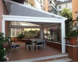 chiudere veranda chiudere un terrazzo o un balcone privato la scelta tra