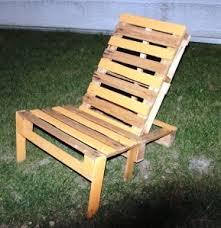 chaise longue palette chaise longue en palette idées brico bricolage diy