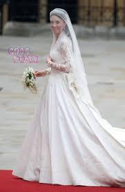 kate middleton wedding dress kate middleton s wedding dress causes outrage