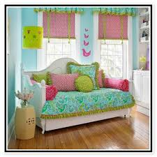 all you need to know about canopy daybed bedding sets video and