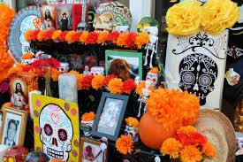 dia de los muertos pictures 13 día de los muertos events in chicago from skull painting to
